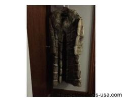 Salls average size women's fur coat