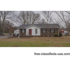 Great 3br on a fully fenced lot
