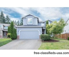 Beautiful 4 Bedroom Home Featuring A Bright Open Floor Plan!