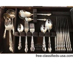 Classic 47 Piece Onedia Satin Dover Fine Flatwear set and storage box