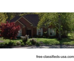 Room in 4bdr/pool home in East Chase-female only