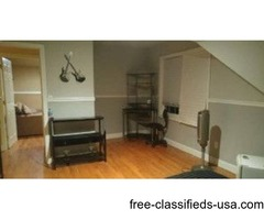 large bedroom/ sitting room for rent