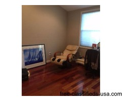 2 BR/2.5 BA two floor Private Residential Unit in excellent conditio
