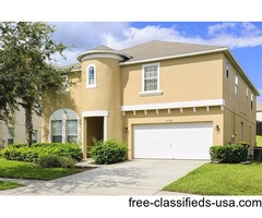 Villa with Sunny Pool, Hot Tub & Open Backyard in Emerald Island, Kissimmee