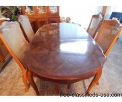 Steinhafels Wood Formal Dining Room Table