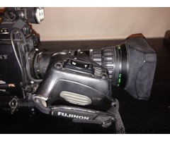 Sony PDW-700 with Fujinon A17x7.8BERM-M28C lens and 5 xdcam disks+Battery