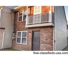 2 BEDS/ 1.5 BATHS NEWLY RENOVATED TOWNHOUSES FOR LEASE!