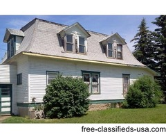 4 bed room 2 bath 2 story house