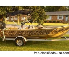 Camo Duck Hunting / Fishing V-Bottom Boat