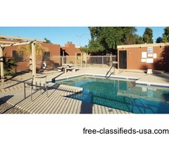 Beautiful Pool-Side Townhome in Gated Kiva Dos in Phoenix