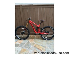 2015 Carbon TREK 27.5 Session 9.9 Med Downhill Mountain Bike 650B