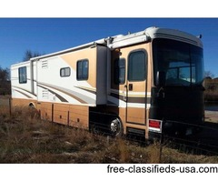 2004 Fleetwood Bounder 38N- 47,000 miles