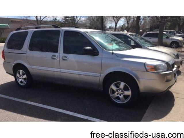 Chevy Van 2007