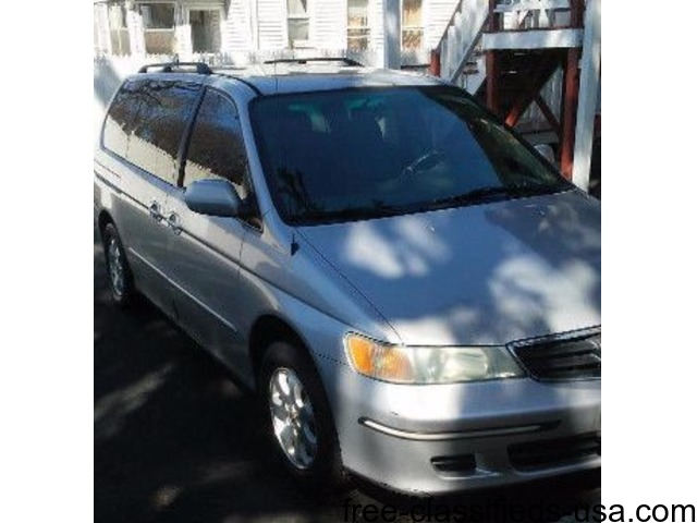 Honda Odyssey 2004 mint condition