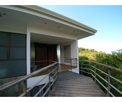 Luxury Home in Heart of Manuel Antonia with Beach Access
