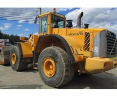 2006 Volvo L220E 4 x 4 bucket loader