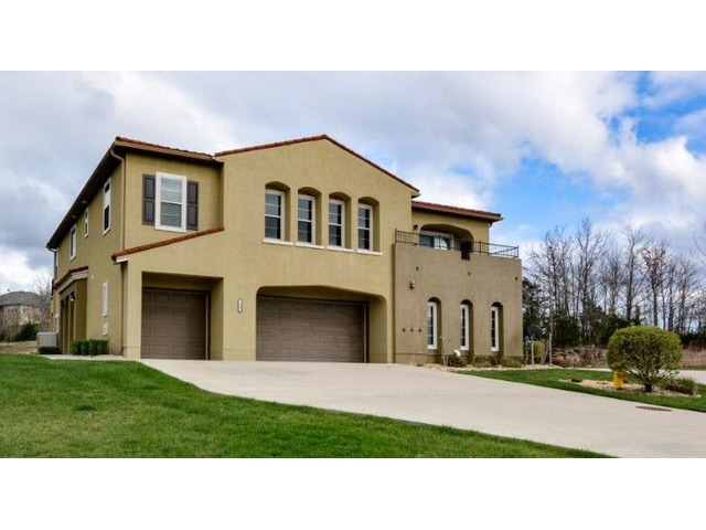 Nightly Rental 2 Bed/2 Bath Condo in the Prestigious Branson Creek | free-classifieds-usa.com