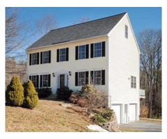 3 Bed/3 Bath Colonial in nice, quiet neighborhood