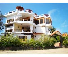 Save Money and La Laguna Galapagos Hotel Stay!