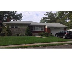 Lovely Douglaston Ranch Features 3 Bedrooms, 1.5 Baths