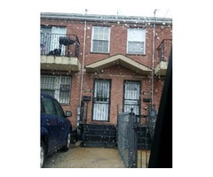 HUGE 2 FAM 3/3 WITH FIN. BSMT & PARKING (ST. ALBANS)