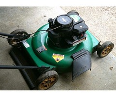 """22"""" Weed-Eater Mulching Gas Lawn Mower – with Briggs & Stratton 500 Series Engine"""