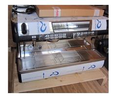 SIMONELLI ESPRESSO MACHINE FOR A COFFEE SHOP COMMERCIAL