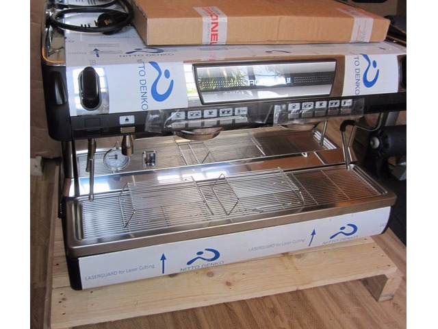 Nuova Simonelli Aurelia II Volumetric 2 group Commercial Espresso Machine!