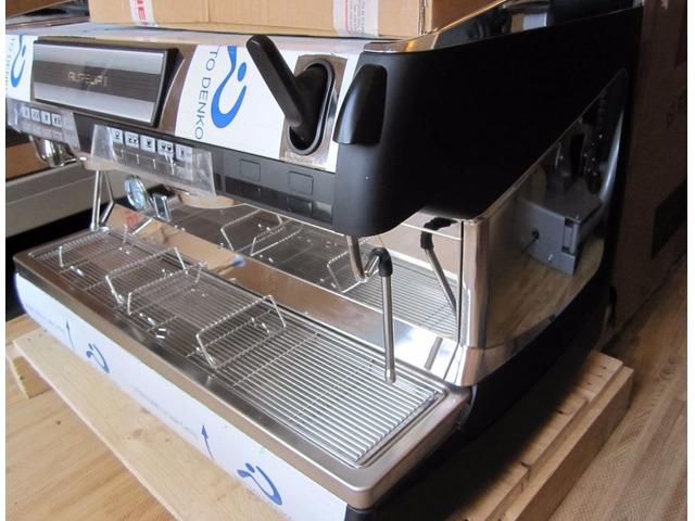 Commercial Espresso Machine for Coffee Shop - Brand New Simonelli