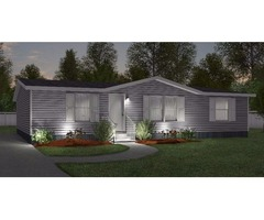 This 3 bedroom/2 bath 1,315 square foot manufactured home