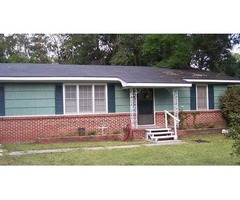 Nice 3 bedroom home with 1.5 baths