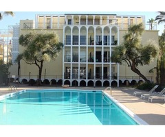 Spacious 1,444 SQ FT 2 Bedroom/2 Bath Contemporary Remodeled Condo