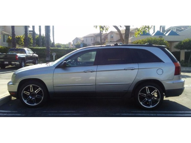 2005 Chysler Pacifica touring all wheel drive