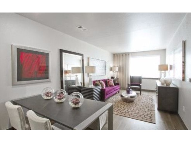 Beautiful brand new pet friendly 2 bedroom apartment