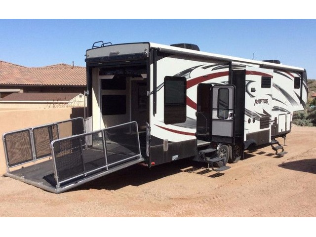 5th Wheel Toy Hauler Rvs Campers Amp Caravans Grand