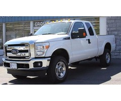 2016 White Ford F-250 Super Duty Pickup Truck V8