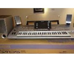 Yamaha Tyros5 76-Key Arranger Workstation (76-Key Pro Arranger)