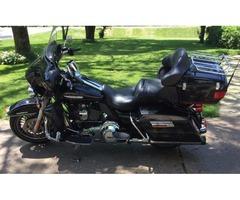 Harley Davidson. 2011 Electra Glide Ultra Limited