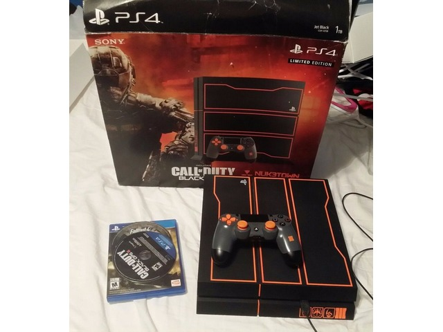 PS4Playstation4CallofDuty:BlackOps3LimitedEdition1TBConsole&3games