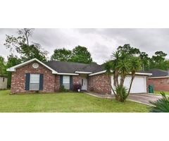 13 YEARS YOUNG HOME! 3 BEDS/2 BATHS, DOUBLE ATTACHED GARAGE