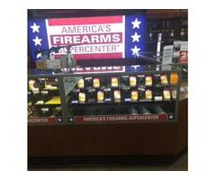 Gander Mountain HEAVY DUTY Showcases