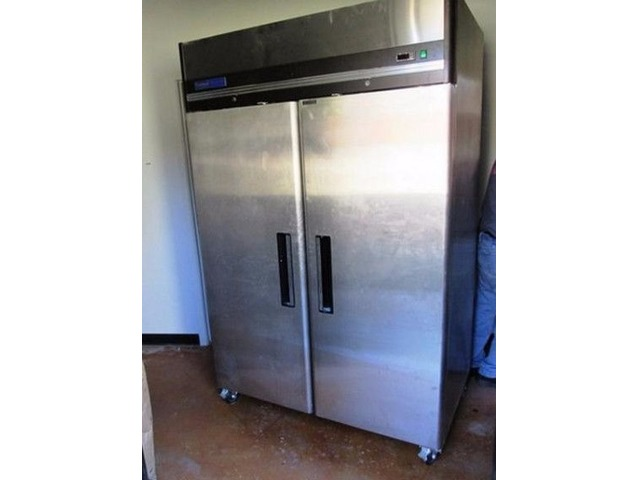 Stainless Steel Reach-In Refrigerater | free-classifieds-usa.com