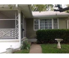 3 beds 1 bath single family home for rent