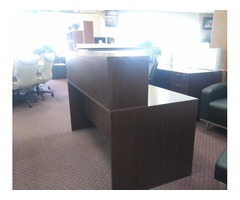 STRAIGHT DESK W/ RECEPTION