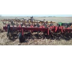 1830 row crop cutivator