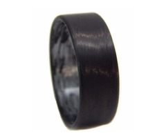 Unidirectional Carbon Fiber Ring with texalium inside in a matte finish.