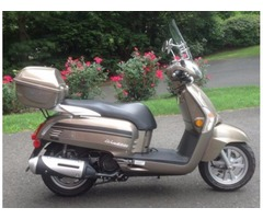 2015 Kymco Like 200cc-with 120 original miles