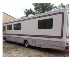 1994 Bounder W/ Chevy chassie RV