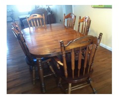"Dining Room Table / 6 Chairs/ 3 12"" Leafs"