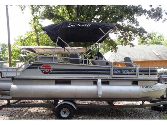 1992 18ft Bass Buggy w/70hp Johnson no trailer | free-classifieds-usa.com